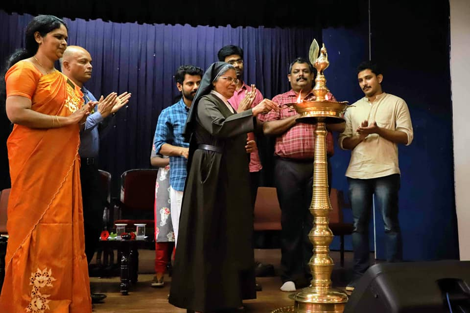 Rev. Sr. Dr. Celine E (Sr. Vinitha), Director of St Teresa lighting the lamp